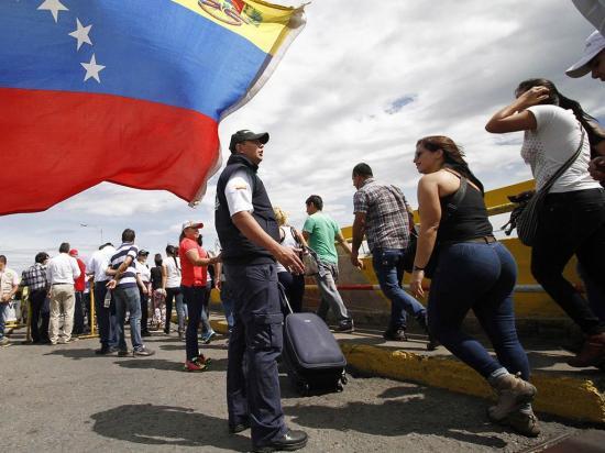 Denuncian persecución por parte del Gobierno de Maduro