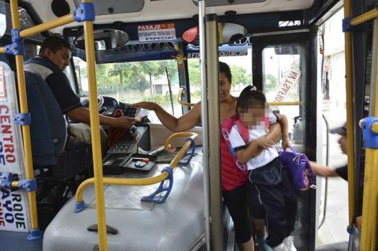 Pasaje de buses se pagará con tarjeta