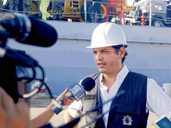 Personal de APM participa en foro marítimo