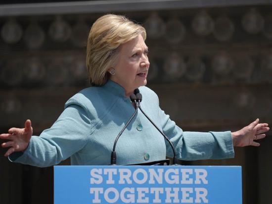 Republicanos solicitan a la justicia investigar a Clinton por perjurio