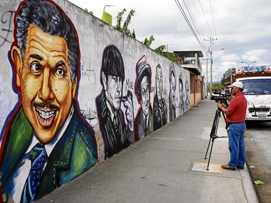 Una pared para los 'capos de la alegría'