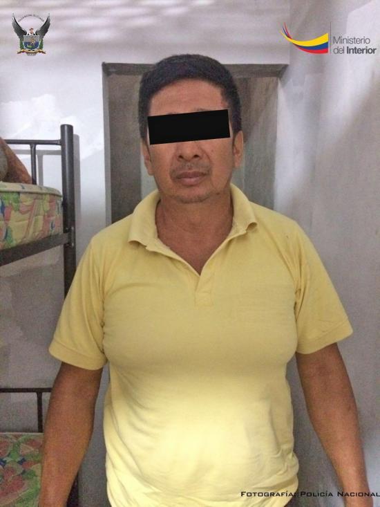 Hombre acusado de estafar a turistas venezolanos es detenido por la Policía en Manta