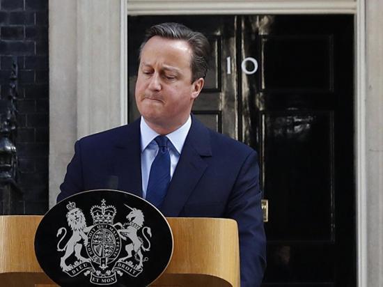 """Cameron presidió una """"emotiva"""" y última  reunión de su Gobierno"""