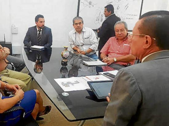 Veedores conocen plan de reconstrucción del Municipio de Portoviejo