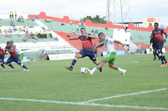 Liga de Portoviejo empata sin goles con Clan Juvenil