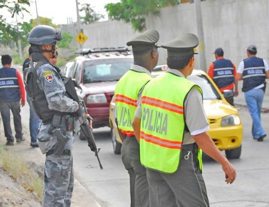 Operativos en los barrios para evitar robos