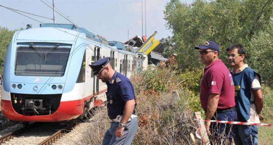 Confirman que 23 personas murieron en accidente de tren en Italia