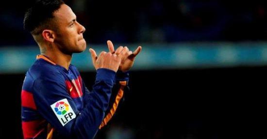 Fiscal ve corrupción en el adelanto de 40 millones a Neymar por su fichaje