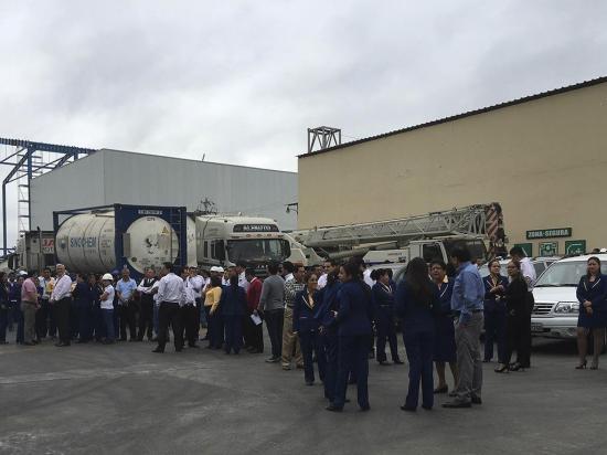1.200 empleados  participan en simulacro interno de emergencias