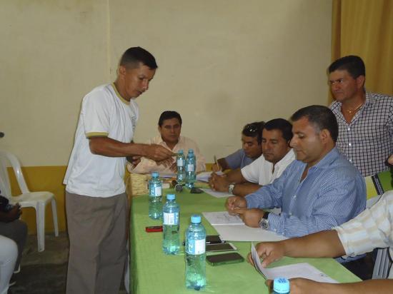 Municipio entregó 400 escrituras como parte de un convenio