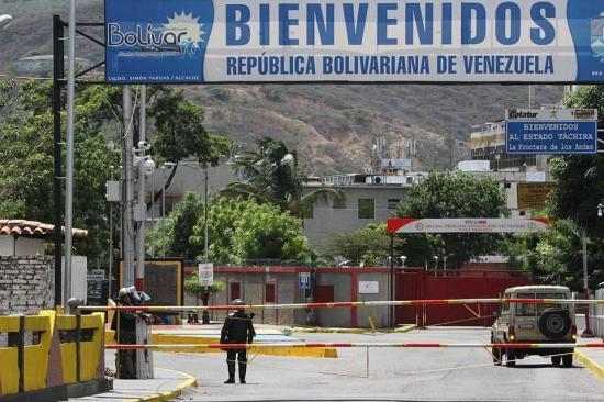 Gobierno de Venezuela volverá a abrir frontera con Colombia el domingo