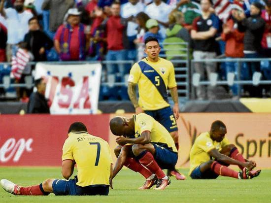 La selección de ecuador baja cuatro puestos en el ranking fifa