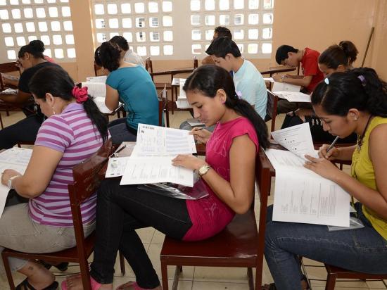 15.057 estudiantes darán el Examen Nacional para la Educación Superior