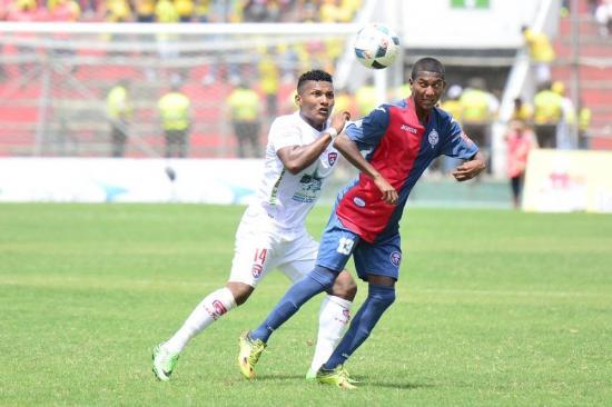 Encuentro entre Colón y Olmedo termina empatado sin goles