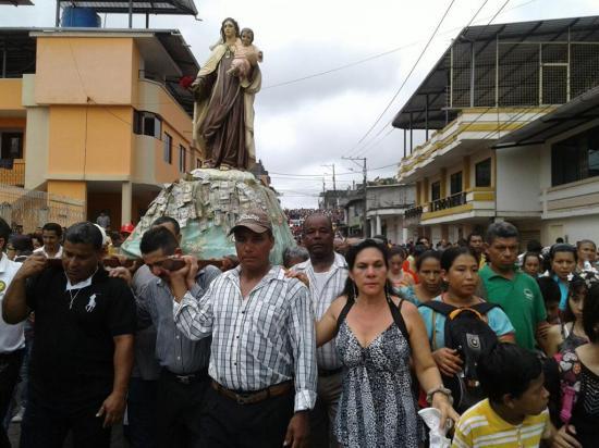 La virgen mueve montañas de fe