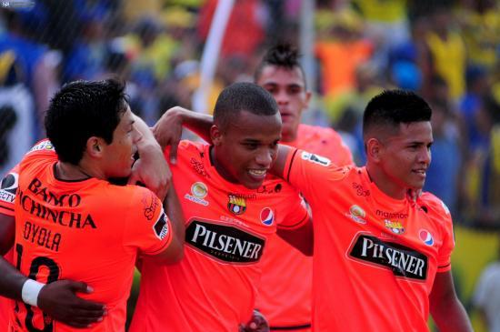 Barcelona gana a domicilio a Delfín por 2 goles a 0