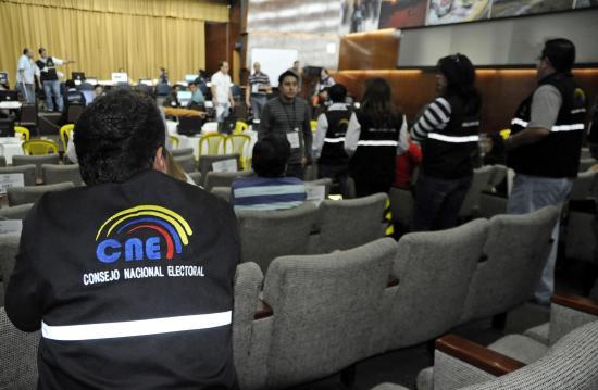 Hasta hoy el CNE recibe firmas de organizaciones políticas