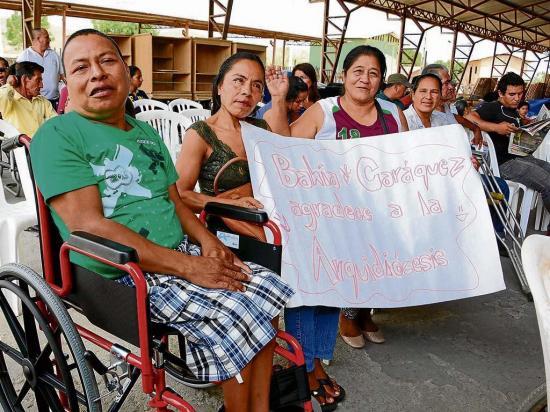 Desde california llegó donación de sillas de ruedas