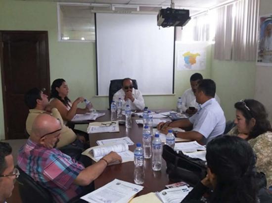 Se reúnen para  coordinar la elección  de consejos barriales