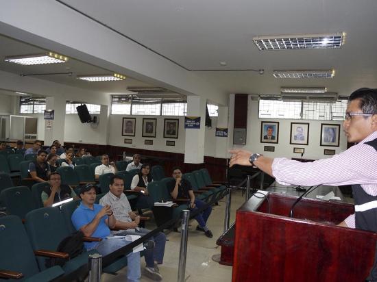 Un movimiento político presentó firmas para ser reconocido por el CNE