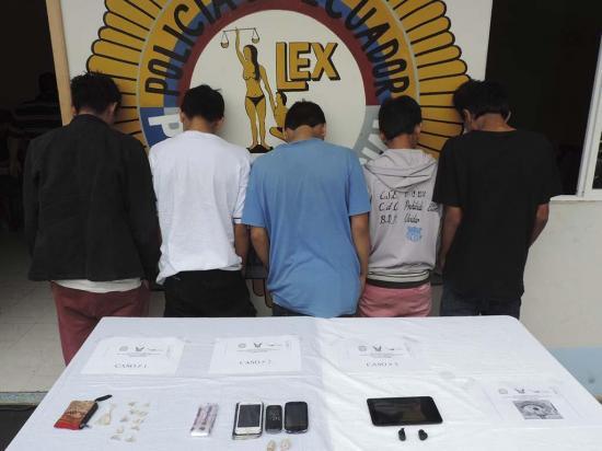Cinco detenidos con heroína en dos operativos
