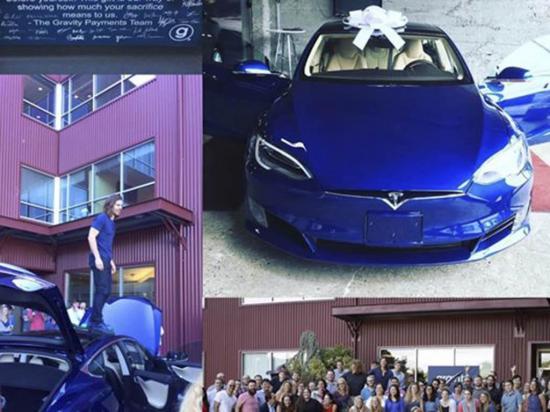 Empresario sube al sueldo a empleados y ellos le dan un carro