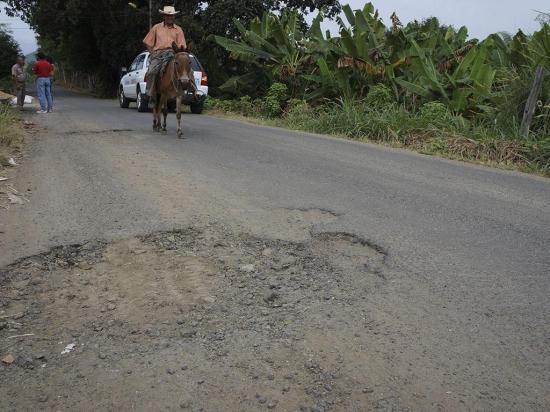 En Bijagual piden mejorar la vía