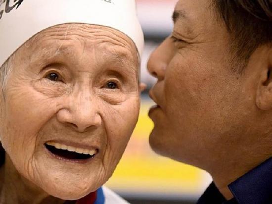 Nadadora de 101 años quiere  competir