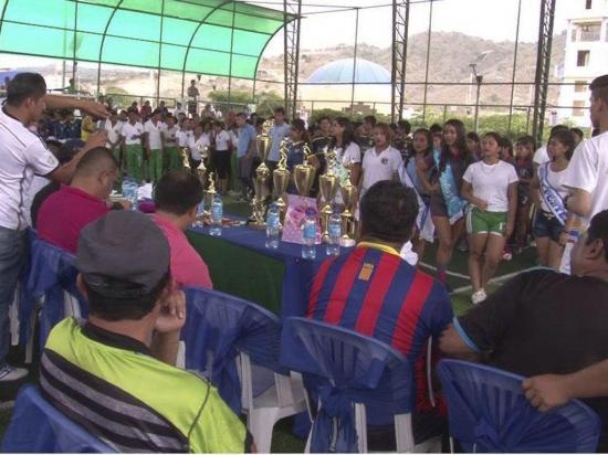 Inauguran torneo de fútbol sala