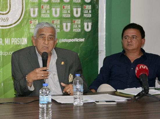 Dos grupos quieren Liga de Portoviejo