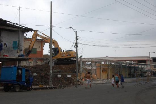 Las réplicas siguen asustando y dañan casas en Manabí