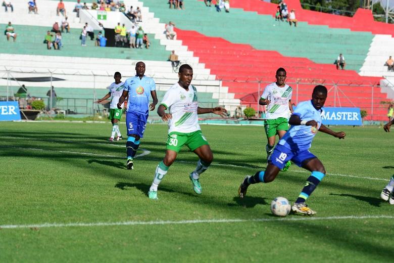 Liga de Portoviejo empató sin goles con Macará