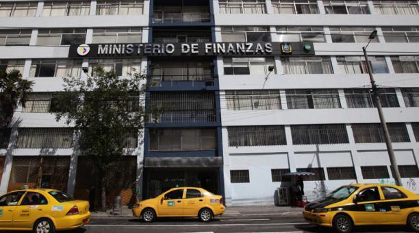 Ministerio de Finanzas aclara salida de dinero de la cuenta de la Ley de Solidaridad