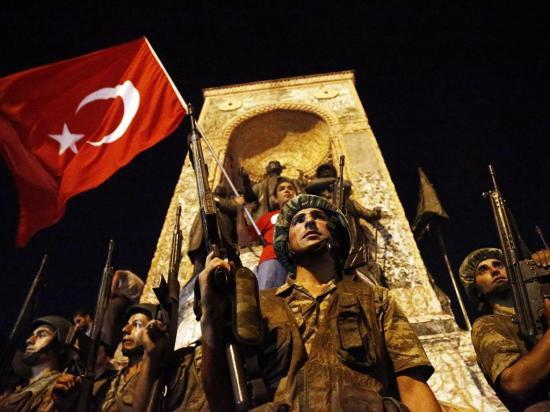 Turquía vive una época de Represalia postgolpista