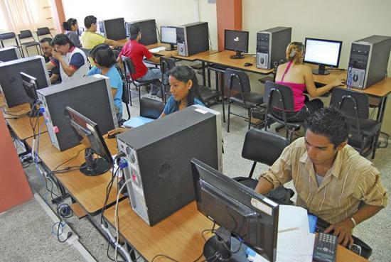 Municipio de Manta impartirá curso del ENES