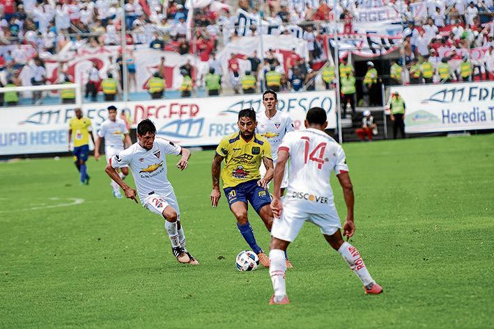 Liga de Quito ganó 1-0 a Delfín en Casa Blanca