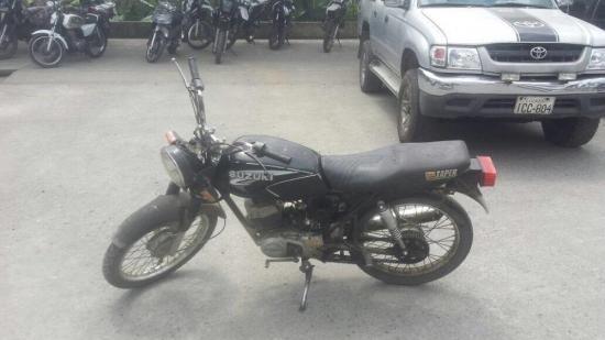 Policía captura a un hombre acusado de circular en una moto robada en El Carmen