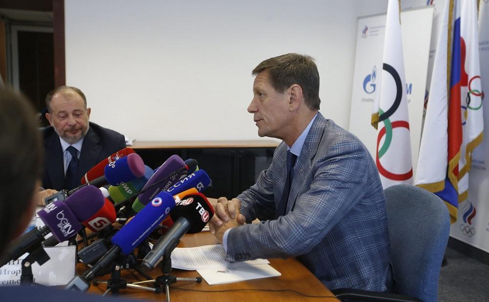 Moscú admite que ocho deportistas rusos tienen historial de dopaje