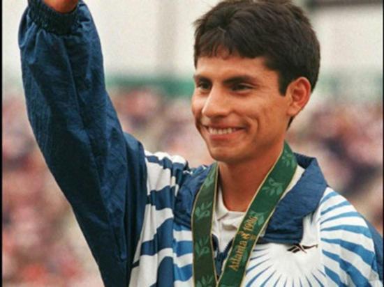 Ecuador recuerda la hazaña olímpica de Jefferson Pérez