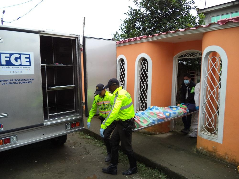 Hombre asesina a su pareja y luego se suicida en Santo Domingo