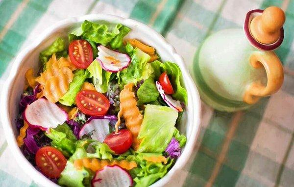 Médicos crean aplicación móvil para mejorar la salud con la dieta vegetariana
