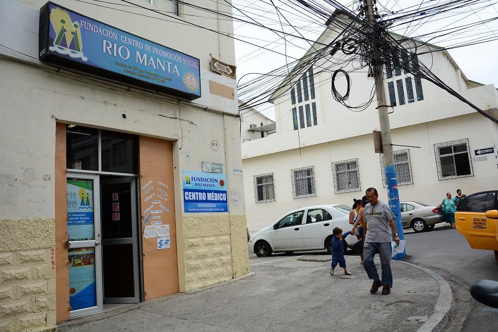 Fundación Río Manta ahora atiende en la calle 13
