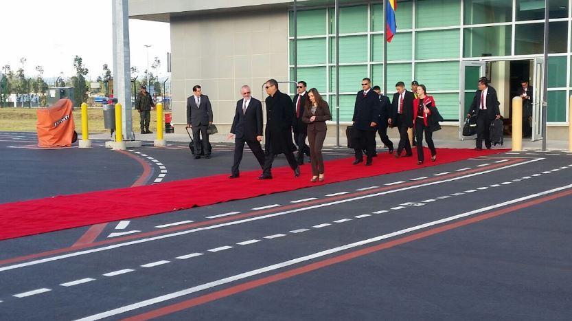 El presidente Correa asistió a la ceremonia de investidura de Kuczynski