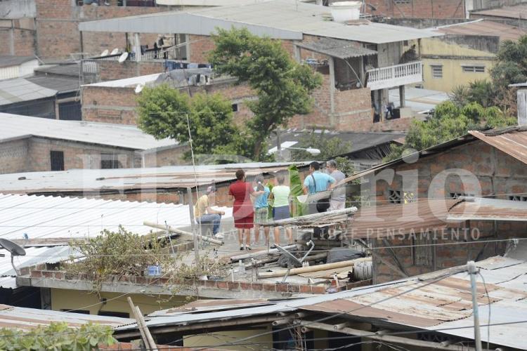 Imágenes de la implosión del edificio del C.C. de Portoviejo