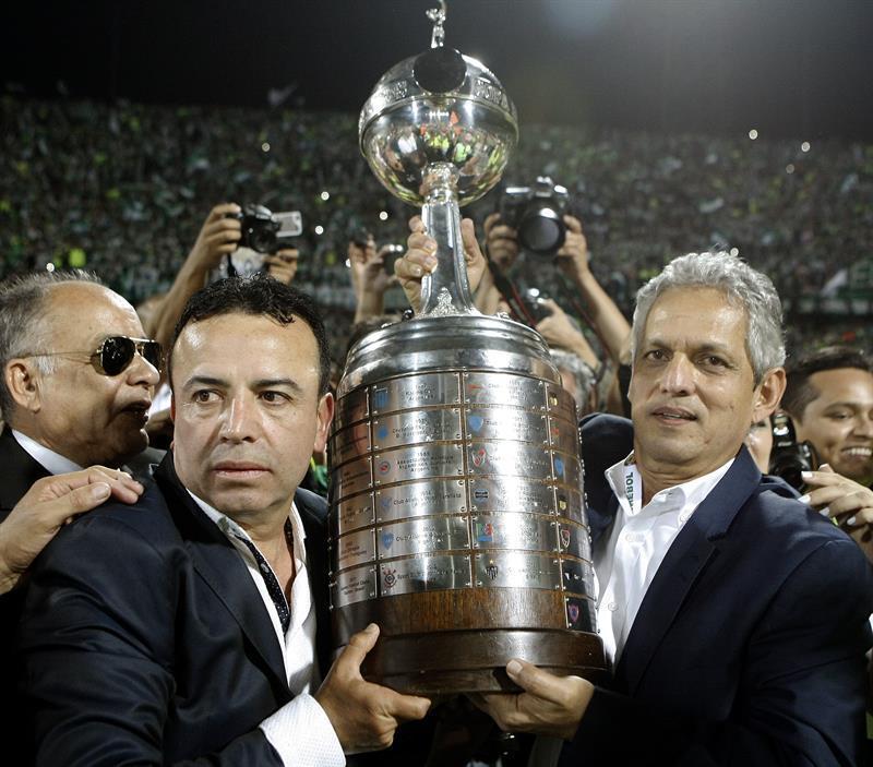 Reinaldo Rueda declina oferta de Paraguay por dirigir en el Mundial del Clubes
