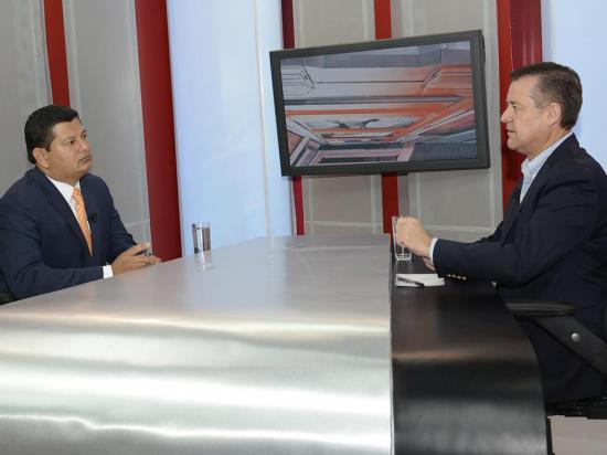 Andrés Páez eliminaría tres impuestos