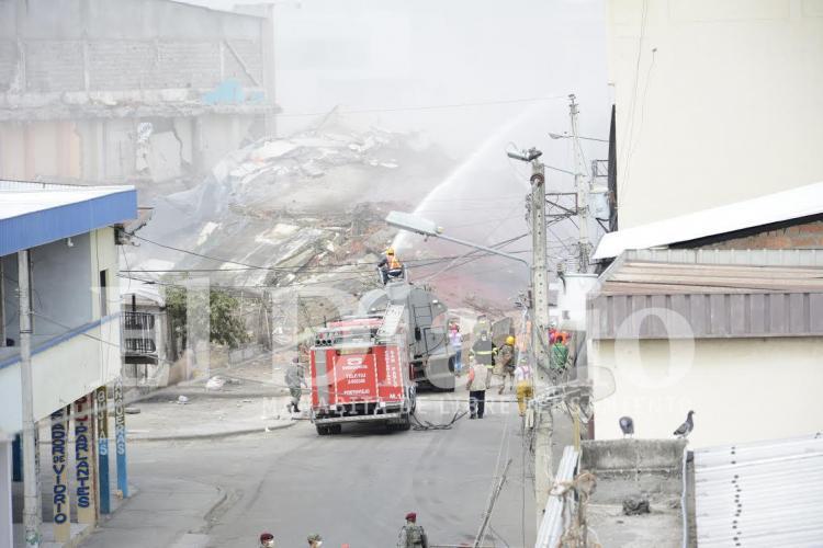 Implosión del edificio Álava en imágenes