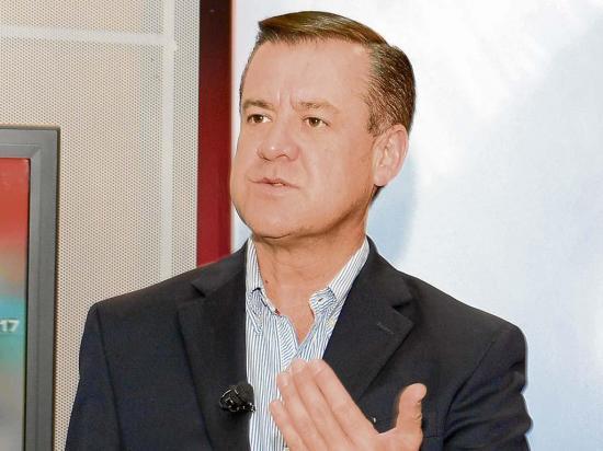 "Andrés Páez: ""El gobierno no le respondió a Manabí"""
