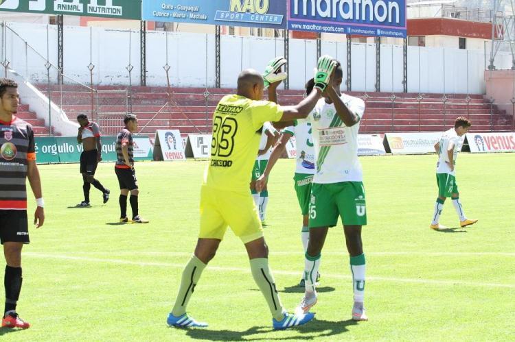 Liga gana 1-2 de visitante frente al Técnico Universitario