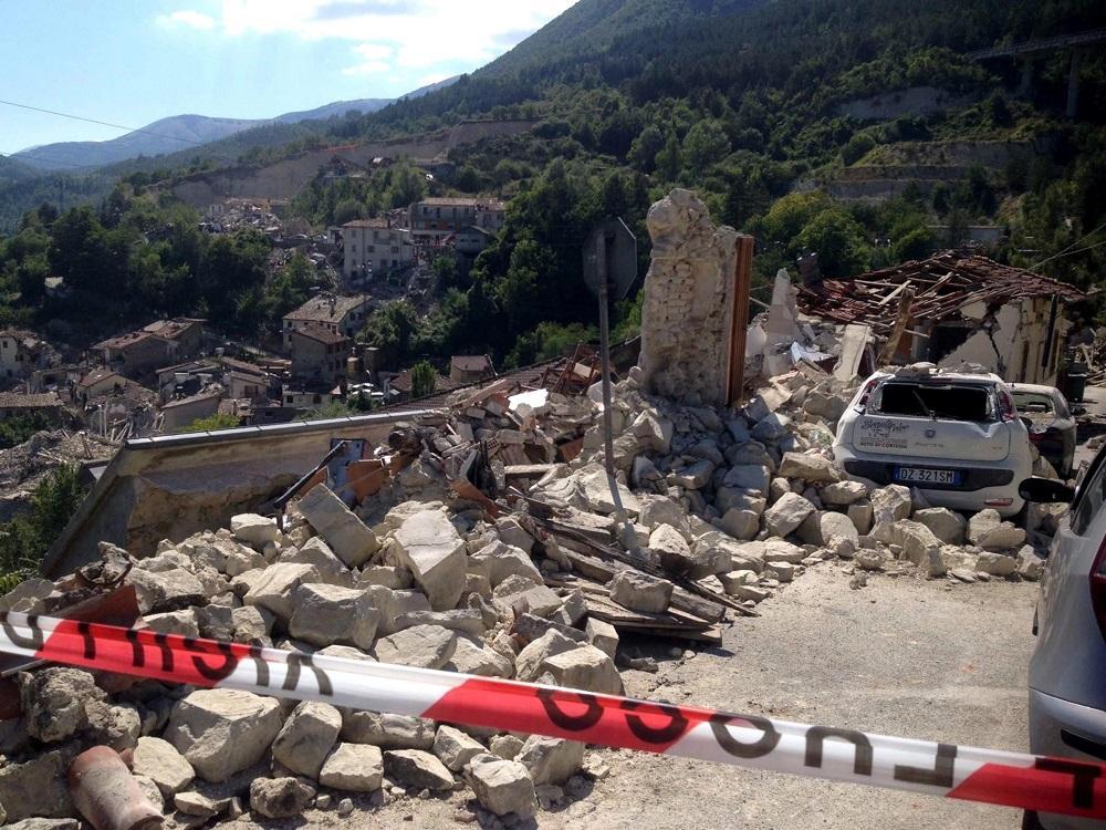 No hay ecuatorianos entre las víctimas del terremoto en Italia, según embajador